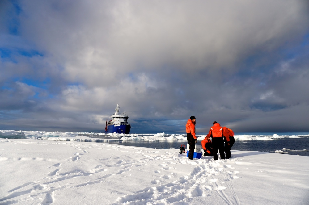 ice sampling 2.jpg