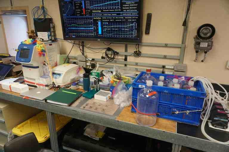lab setup1.jpg